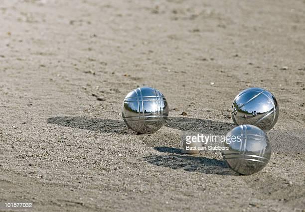Leisure; three metal balls