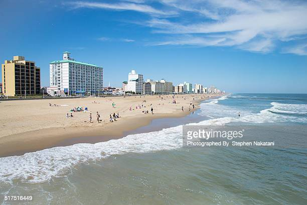 leisure time - family vacation at the beach - virginia beach stock pictures, royalty-free photos & images