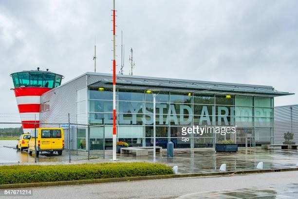 "lelystad airport in flevoland the netherlands under development - ""sjoerd van der wal"" or ""sjo"" stock pictures, royalty-free photos & images"