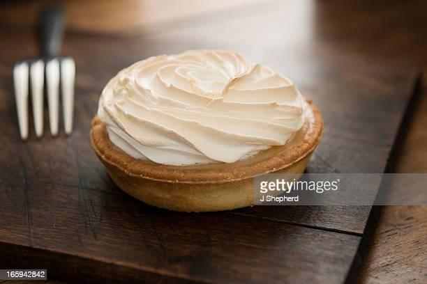 lemon meringue tart - meringue stock pictures, royalty-free photos & images