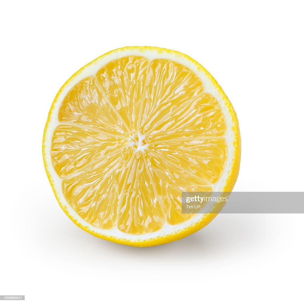 Scheibe Zitrone isoliert auf weiss : Stock-Foto