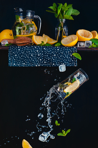 Lemonade from the top shelf - gettyimageskorea