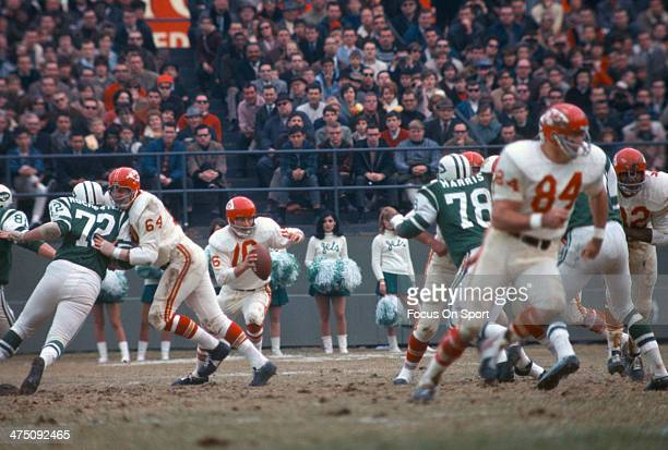 Len Dawson of the Kansas City Chiefs in action against the New York Jets during an AFL Football game November 27, 1966 at Shea Stadium in the Queens...