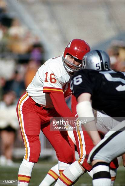 Len Dawson of the Kansas City Chiefs in action against the Oakland Raiders during an NFL Football game December 13 1969 at the OaklandAlameda County...