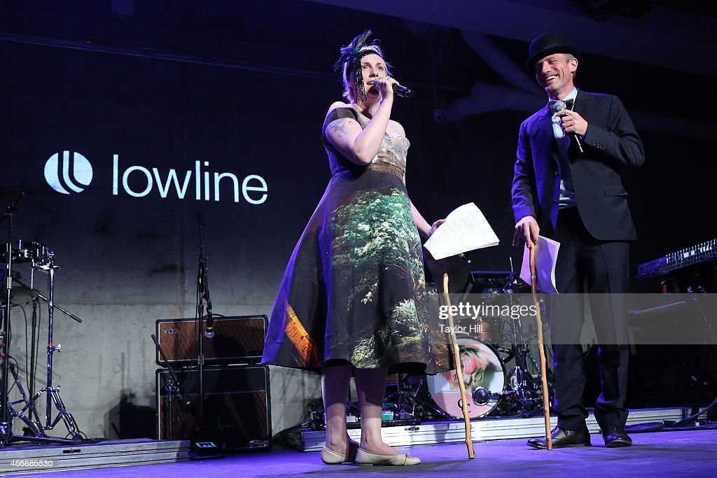 Lena Dunham and Spike Jonze perform at the 2014 The Lowline Anti-Gala Benefit Dinner at Skylight Modern on October 8, 2014 in New York City.