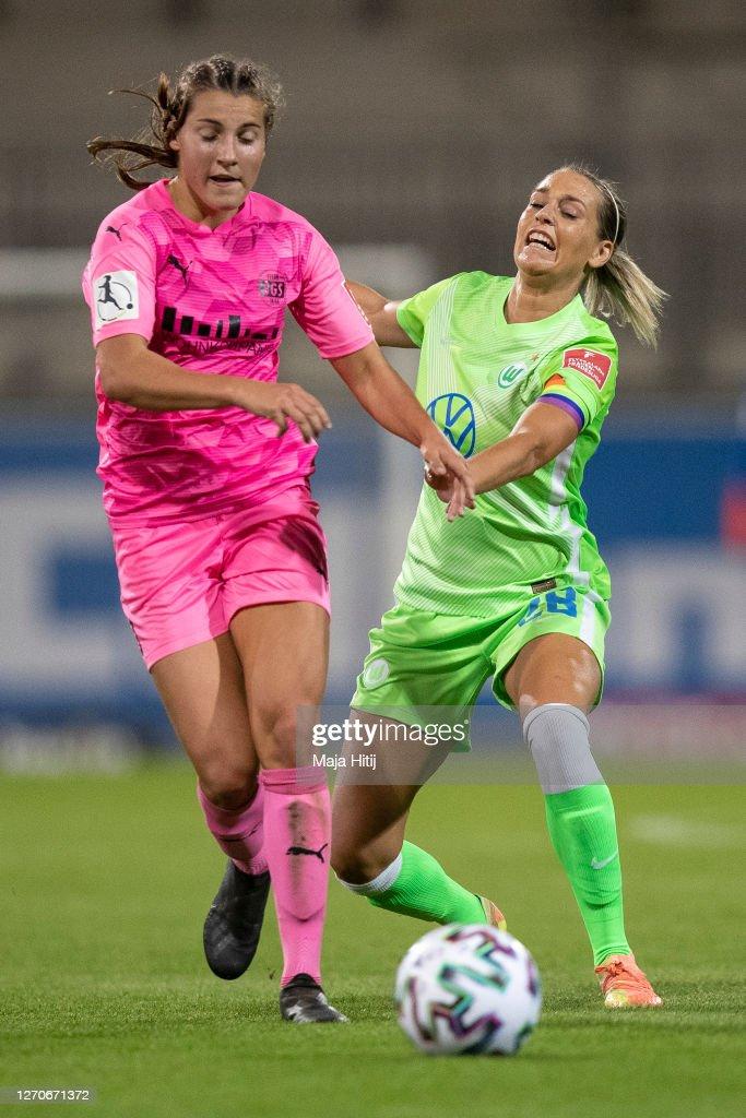 VfL Wolfsburg Women v SGS Essen Women - Flyeralarm Frauen Bundesliga : News Photo