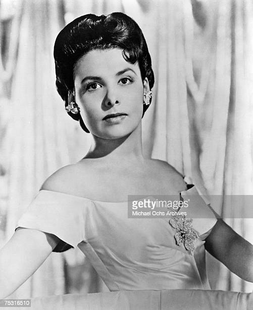 Circa 1945: Lena Horne poses for an MGM promotional photo circa 1945 in Los Angeles, California.
