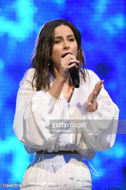 Lena MeyerLandrut performs the Nickelodeon Kids Choice Awards on April 4 2019 in Rust Germany