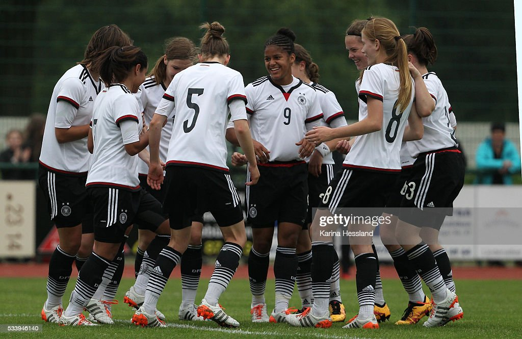 Lena Sophie Oberdorf celebrates the opening goal with teammates of Germany during the International Friendly match between U15 Girls Germany and U15 Girls Czech Republic at Auenstadion on May 24, 2016 in Floeha, Germany.