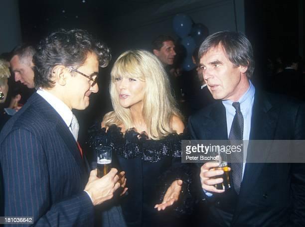 Lena Valaitis Ehemann Horst Jüssen Name auf Wunsch TelestarVerleihung 1992 Ehefrau Sängerin Schauspieler Glas Alkohol Promis Prominente Prominenter