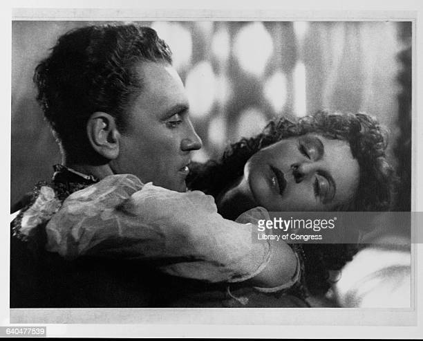 Leni Riefenstahl and her co-star in the film version of the opera Tiefland embrace.
