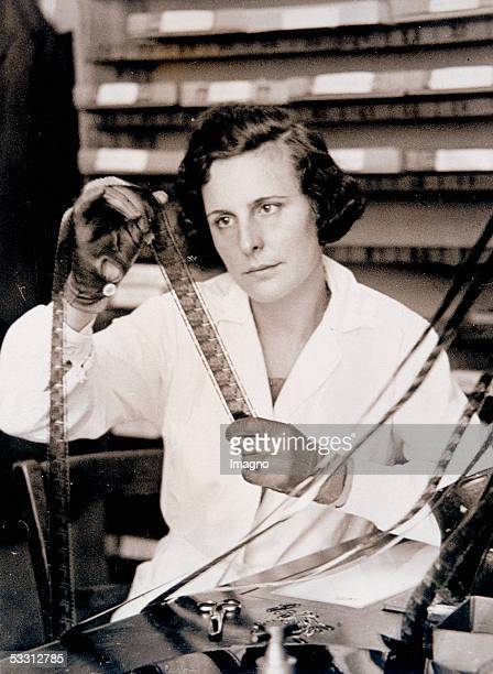 "Leni Riefenstahl receiving the National Film Award 1934/35 for her film. [Leni Riefenstahl erhaelt fuer ihren Film ""Triumph des Willens"" im Rahmen..."