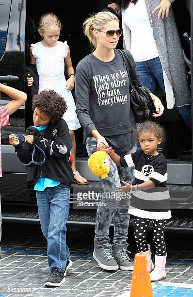 Leni Samuel Johan Samuel Heidi Klum and Lou Sulola Samuel are seen on October 21 2012 in Los Angeles California