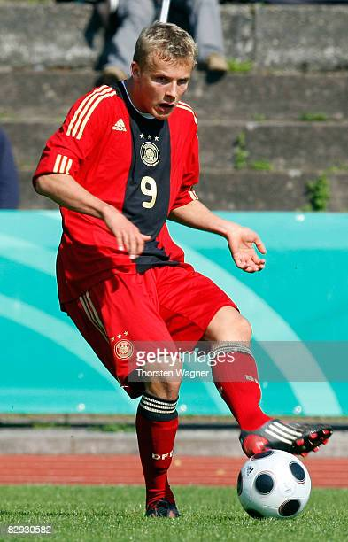 Lennart Thy of Germany runs with the ball during the U17 international friendly match between Germany and Spain at the Kieselhumes stadium in...