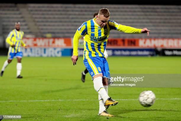 Lennerd Daneels of RKC Waalwijk scores the fifth goal to make it 3-2 during the Dutch Eredivisie match between RKC Waalwijk v VVV-Venlo at the...