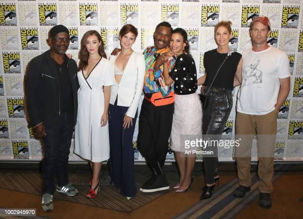 Lennie James Alycia DebnamCarey Maggie Grace Colman Domingo Danay García Jenna Elfman and Garret Dillahunt attend the 'Fear the Walking Dead'...