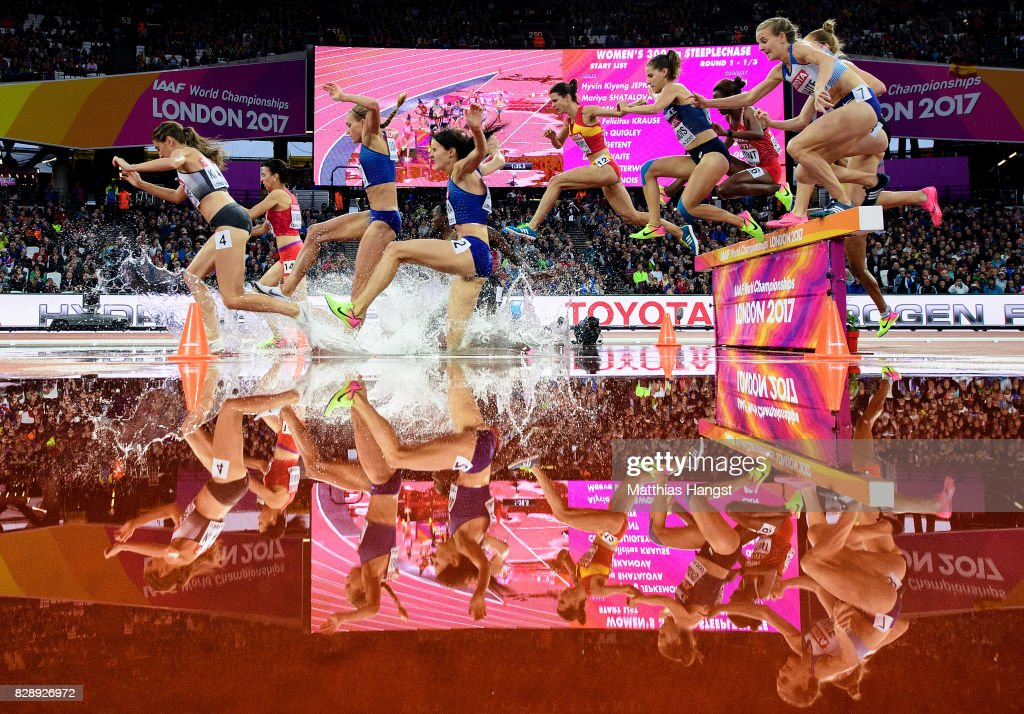 Lennie Waite of Great Britain and others jump the hurdle at water jump as they compete in the Women's 3000 metres Steeplechase heats during day six of the 16th IAAF World Athletics Championships London 2017 at The London Stadium on August 9, 2017 in London, United Kingdom.