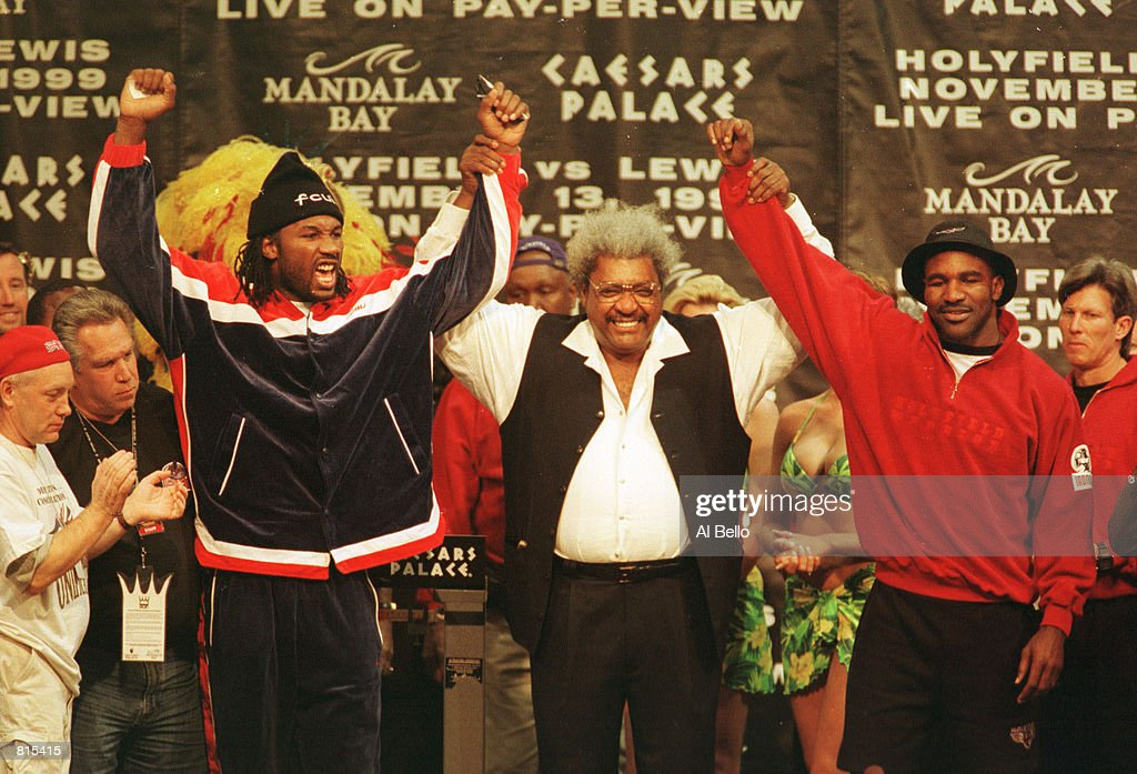Lewis and Holyfield Weigh In : News Photo