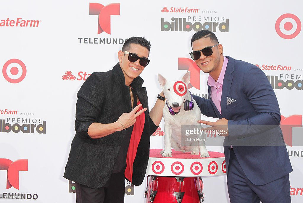 Lenny and Dyland celebrates with Bullseye, Target's Beloved Bull Terrier Mascot, at the 2013 Billboard Latin Music Awards at BankUnited Center on April 25, 2013 in Miami, Florida.