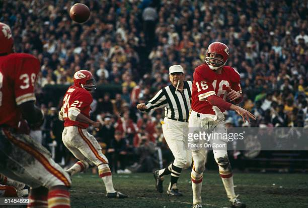 Lenny Dawson of the Kansas City Chiefs passes to a teammate during Super Bowl IV against the Minnesota Vikings at Tulane Stadium in New Orleans...