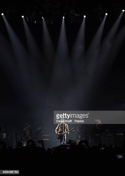 Lenny Kravitz performs at Palais Omnisports de Bercy on November 23 2014 in Paris France