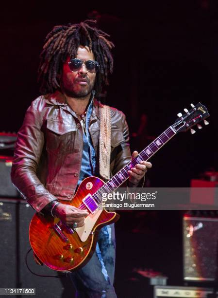Lenny Kravitz performs during the third day of Lollapalooza Buenos Aires 2019 at Hipodromo de San Isidro on March 31 2019 in Buenos Aires Argentina