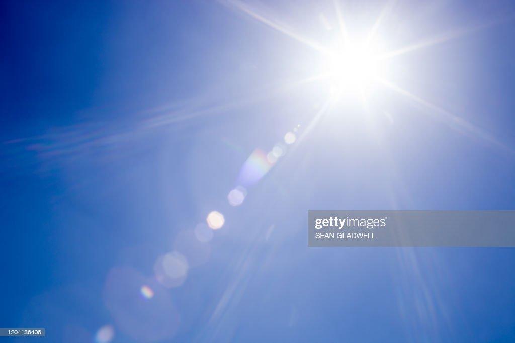 Lens flare sunlight : Photo