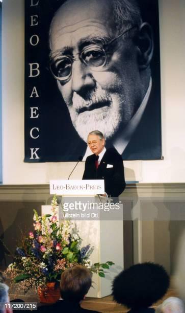 Leo Baeck Preis Verleihung an Berthold und Else Beitz Berthold Beitz und Gratulanten