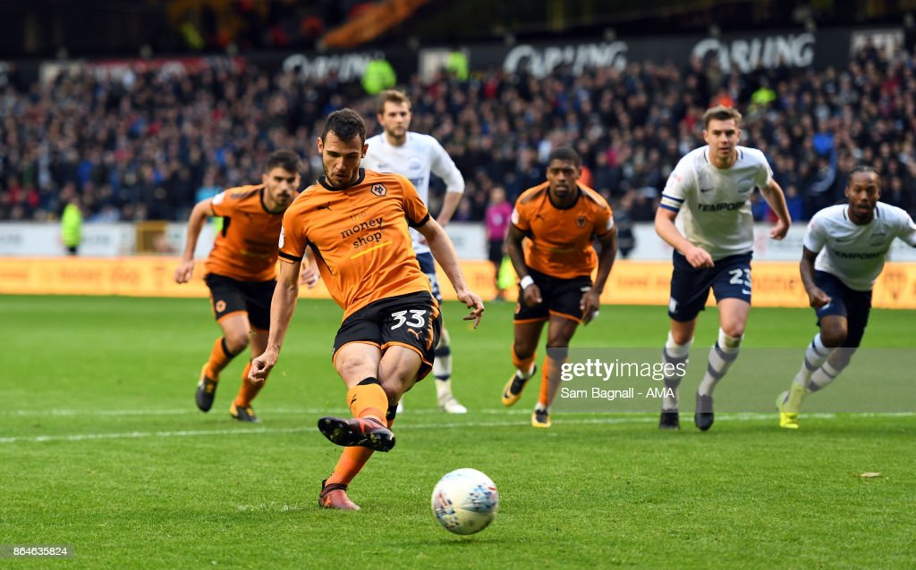 Leo Bonatini of Wolverhampton Wanderers scores a goal to make it 2-0 from a penalty kick during the Sky Bet Championship match between Wolverhampton and Preston North End at Molineux on October 21, 2017 in Wolverhampton, England.