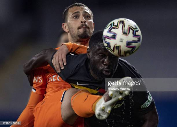 Leo Duarte of Medipol Basaksehir in action against Kevin Luckassen of Hes Kablo Kayserispor during Turkish Super Lig week 41 soccer match between...