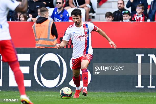 Leo DUBOIS during the Ligue 1 Uber Eats match between Nice and Lyon at Allianz Riviera on October 24, 2021 in Nice, France.