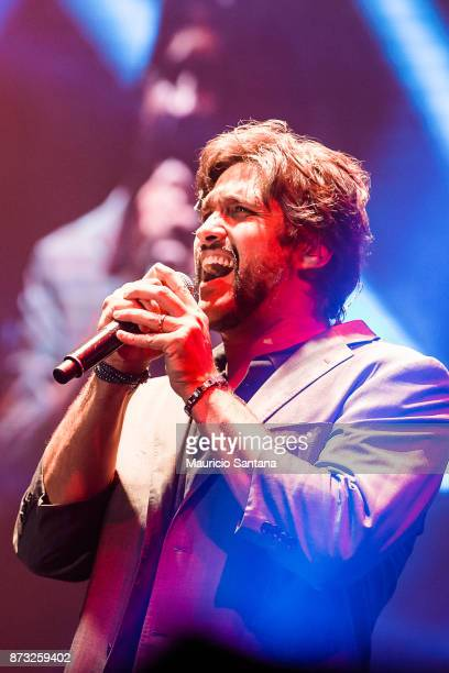 Leo member of the band Victor and Leo performs live on stage at Atibaia Amuse Hall on November 11 2017 in Atibaia Brazil