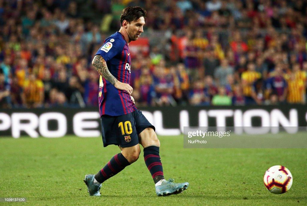 FC Barcelona v Girona FC - La Liga : News Photo