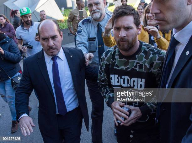 Leo Messi visits the childern's section of Hospital Sant Pau on January 5 2018 in Barcelona Spain