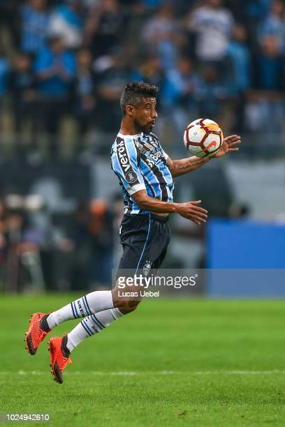Leo Moura of Gremio during the match between Gremio and Estudiantes part of Copa Conmebol Libertadores 2018 at Arena do Gremio on August 28 in Porto...