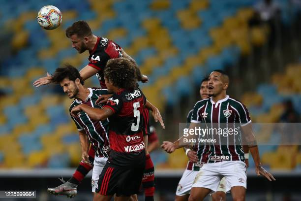 Leo Pereira of Flamengo heads the ball during the match between Flamengo and Fluminense as part of the Taca Rio the Second Leg of the Carioca State...