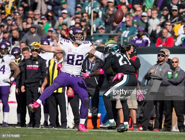 Leodis McKelvin of the Philadelphia Eagles breaks up a pass intended for Kyle Rudolph of the Minnesota Vikings in the second quarter at Lincoln...