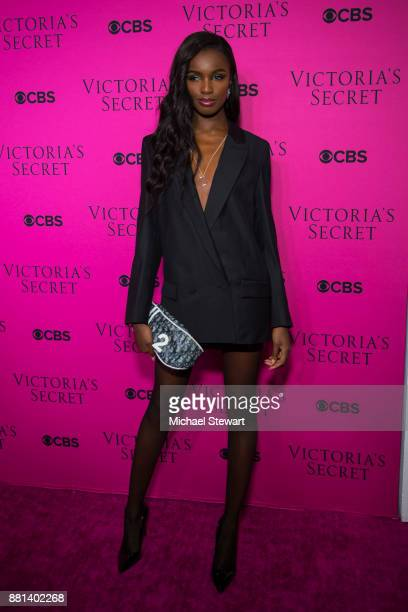 Leomie Anderson attends the 2017 Victoria's Secret Fashion Show viewing party pink carpet at Spring Studios on November 28 2017 in New York City