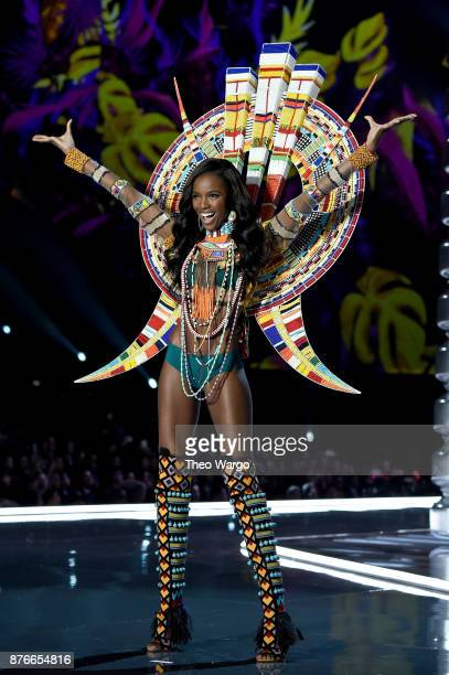 Leomie Anderson walks the runway during the 2017 Victoria's Secret Fashion Show In Shanghai at MercedesBenz Arena on November 20 2017 in Shanghai...
