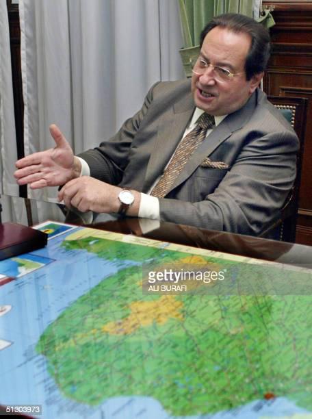 Leon Arslanian ministro de Seguridad de la provincia de Buenos Aires posa para la foto durante un reportaje en La Plata Argentina el 13 de septiembre...
