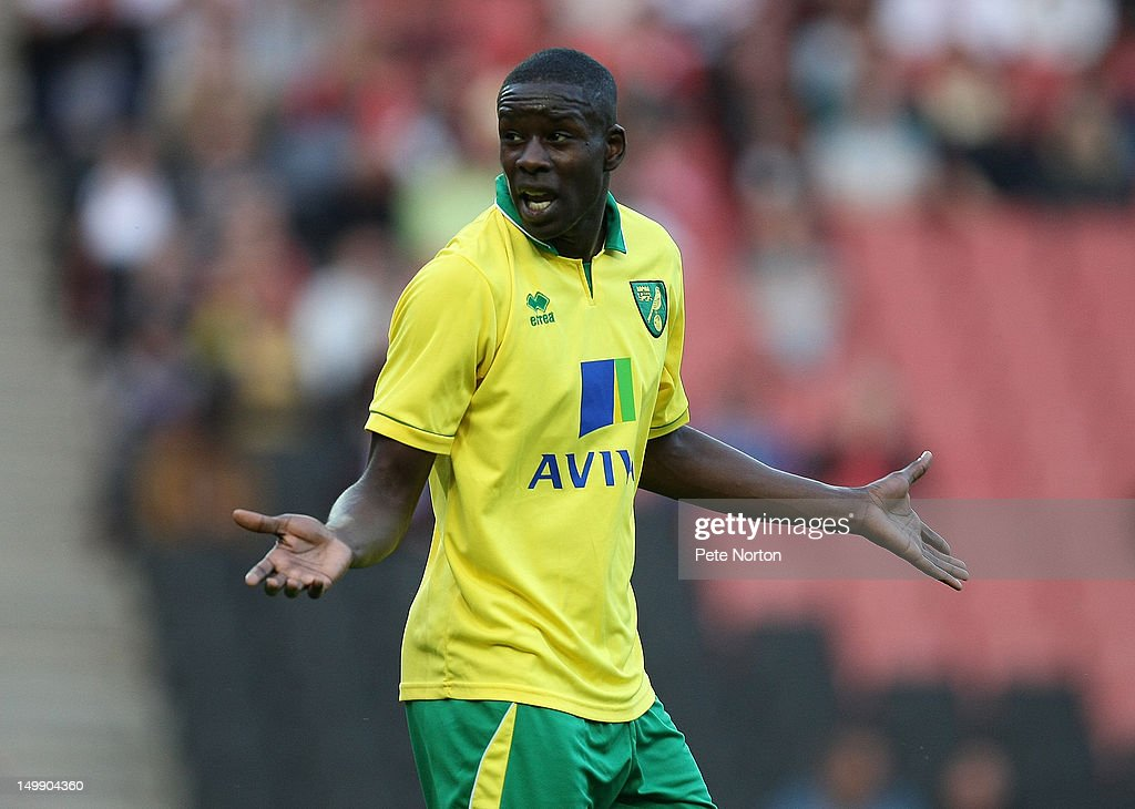 MK Dons v Norwich City - Pre-Season Friendly Match : News Photo