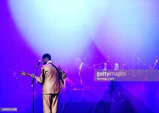 Leon Bridges performs at the 11th Annual Apollo Theater Spring Gala at The Apollo Theater on June 13, 2016 in New York City.