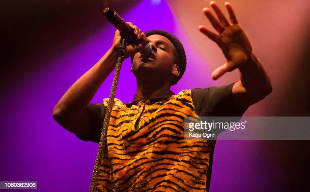 Leon Bridges performs on stage at The O2 Institute Birmingham on November 11, 2018 in Birmingham, England.
