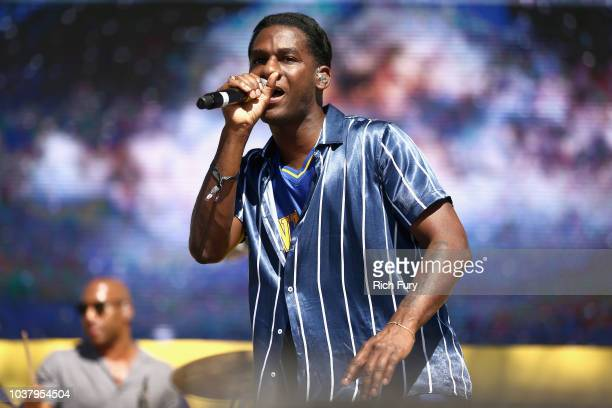 Leon Bridges performs onstage during the 2018 iHeartRadio Music Festival Daytime Stage at the Las Vegas Festival Grounds on September 22 2018 in Las...