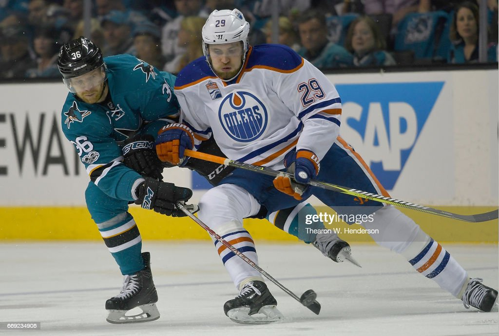 Edmonton Oilers v San Jose Sharks - Game Three : News Photo