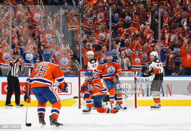 Leon Draisaitl of the Edmonton Oilers celebrates his second goal of the game against the Anaheim Ducks in Game Six of the Western Conference Second...