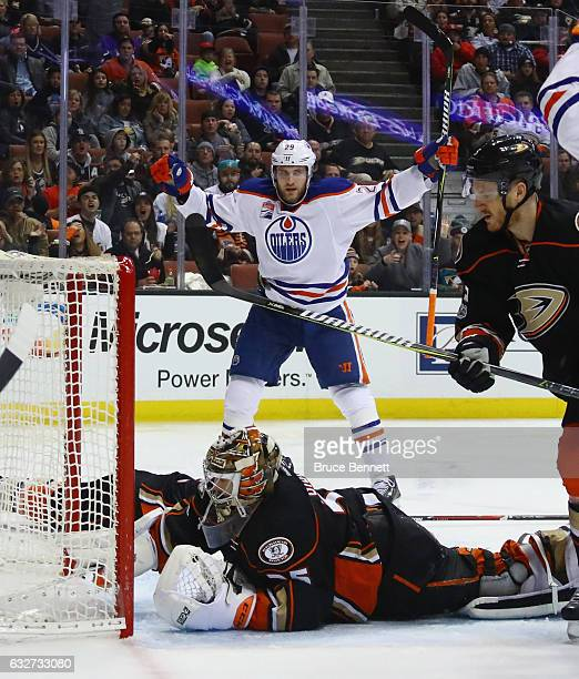 Leon Draisaitl of the Edmonton Oilers celebrates his second period goal against John Gibson of the Anaheim Ducks at the Honda Center on January 25...