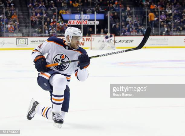 Leon Draisaitl of the Edmonton Oilers skates against the New York Islanders at the Barclays Center on November 7 2017 in the Brooklyn borough of New...
