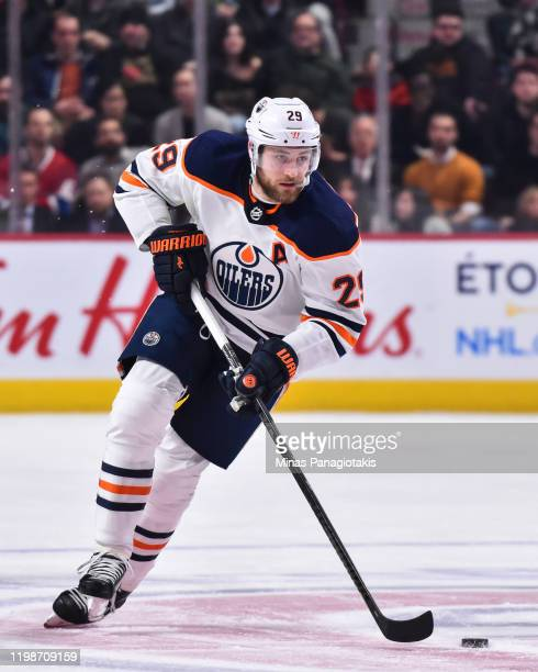 Leon Draisaitl of the Edmonton Oilers skates the puck against the Montreal Canadiens during the first period at the Bell Centre on January 9 2020 in...