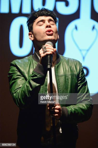 Leon Else performs onstage during A Night To Celebrate Elvis Duran presented by Musicians On Call at The Edison Ballroom on March 21 2017 in New York...
